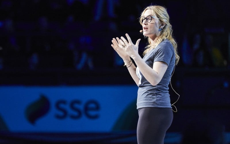 WE Day 2017 Kate Winslet talking on stage